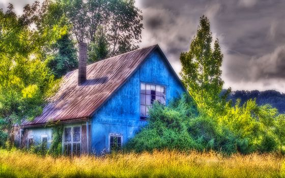 old, abandoned, lodge