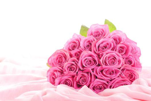 цветы, розы, розовые цветы, розовые розы, букет, шикарный, бутоны, листки, шелк, ткань, обои для рабочего стола, обои на рабочий стол, лучшие обои для рабочего стола, заставки для рабочего стола, широкоформатные обои, широкоэкранные обои, скачать обои, об