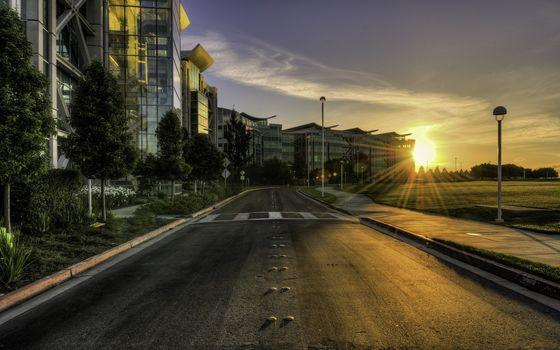 город, улица, закат