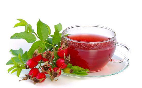 Чай, шиповник, листья, чашка, блюдце, белый фон - #407797