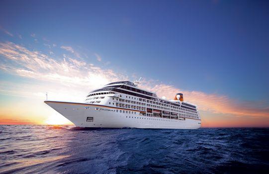 MS Columbus 2, Cruise, Ship