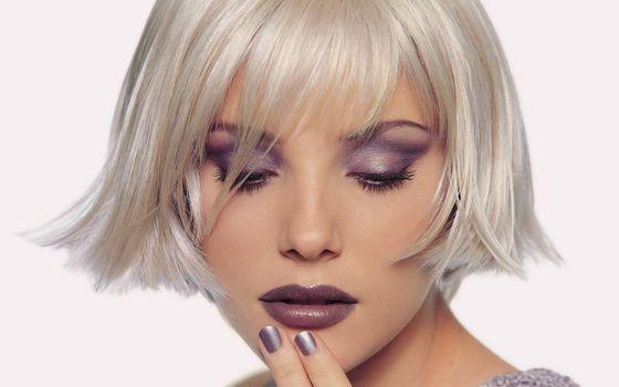 блондинка, губы, помада, макияж