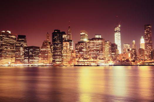 небоскребы, Ист-Ривер, высотки, дома, пролив, США, Нью-Йорк, город, свет, здания, огни, Нижний Манхэттен