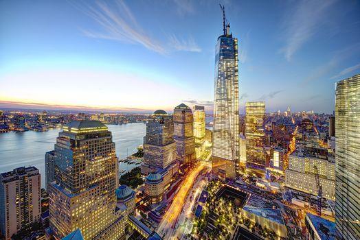 Нью-Йорк, США, город, Манхэттен, Всемирный торговый центр, панорама, вечер, высотки, небоскребы, дома, огни, здания