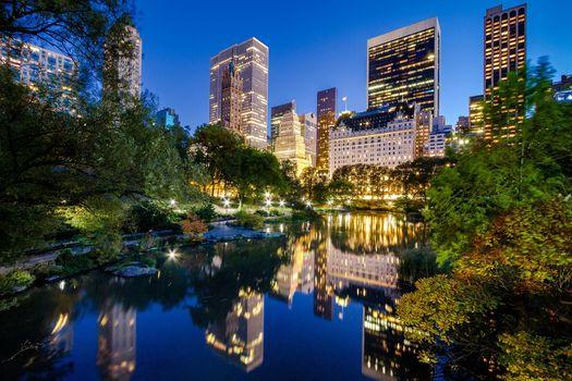 ночной город, река, здания, Манхэттен, Нью-Йорк, Центральный парк, отражение