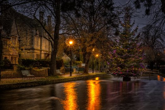 city, lights, fir-tree, home, Christmas, sumerkm, river, Benches, trees, garland, New Year