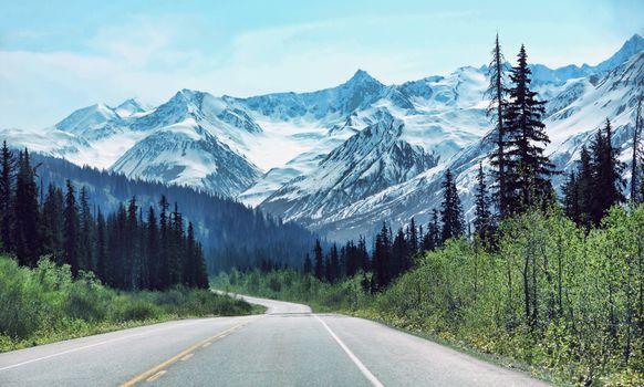 road, Haines, Alaska, USA