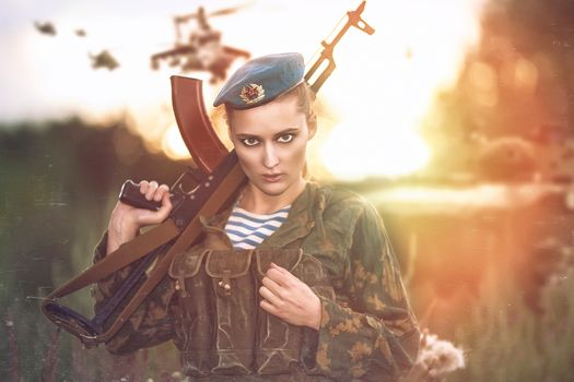 girl, soldier, paratrooper, form, beret, weapon, a Kalashnikov rifle, automatic, AK, view