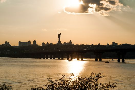 evening, bridge, river, Dnieper, Kiev, Ukraine, statue, motherland, city, home, sail, sky, clouds