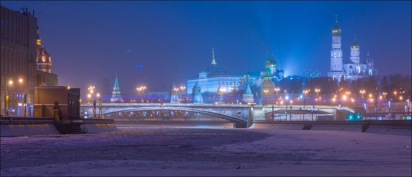 Russia, Moscow, Kremlin, Bolshoi Moskvoretsky Bridge, Yuri Degtyarev