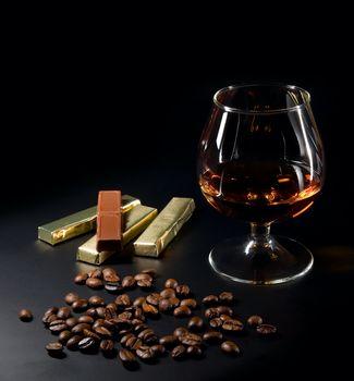 кофе, зёрна, бокал, виски