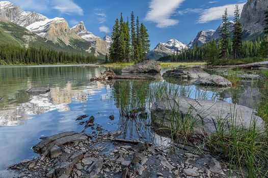Maligne lake, Jasper National Park, озеро, горы, деревья, пейзаж