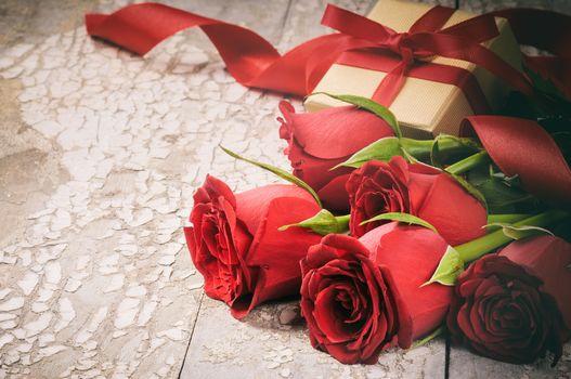 День Святого Валентина, цветы, розы, бутоны, подарок