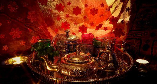 tray, kettle, stemware