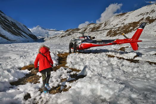 Kisenok рулит, Непал, горы, снег, зима, вертолет, человек