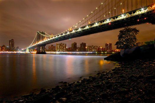 Манхэттенский мост, в Нью-Йорке, ночь, огни, Нью-Йорк