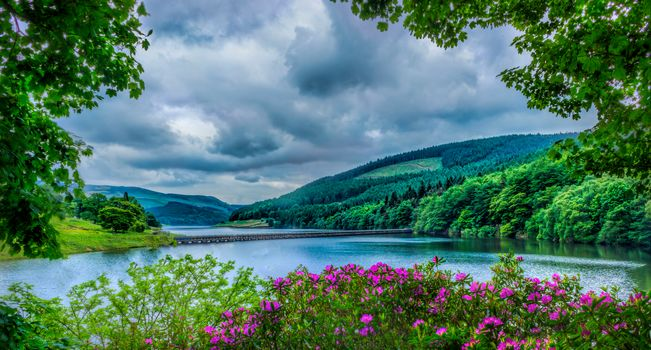 National park Pik-District, United Kingdom, River, the mountains, hills, trees, landscape