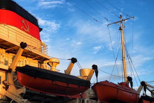 icebreaker, Krasin, Svyatogor, ship, museum, River, Neva, Vasilevsky island, St. Petersburg, Leningrad, Peter, Russia, the USSR, hammer and sickle, sky, boats, boats