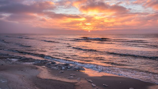 sea, ocean, dawn, surf, waves, sand, Coast, beach, clouds, the sun, sunset