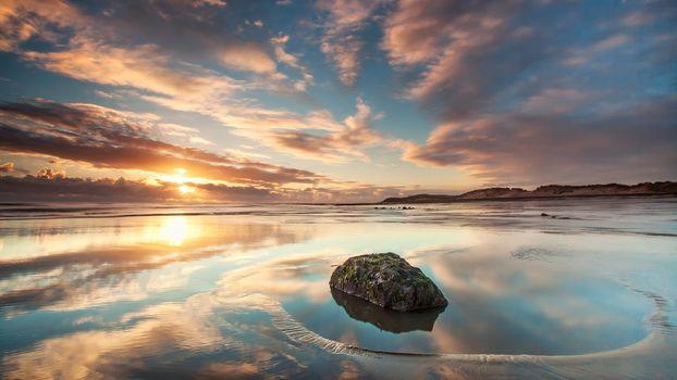 Вода камень точит (16:9, 30 шт)