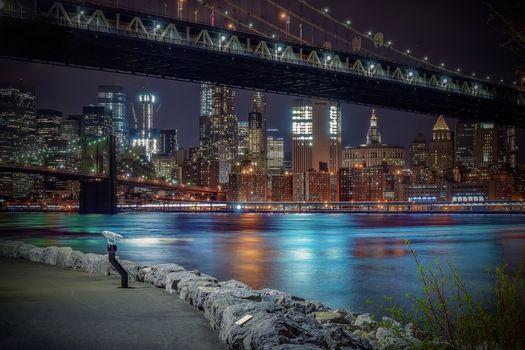 Манхэттенский мост, Бруклинский мост, Манхеттен, Нью-Йорк, Ист-Ривер, Манхэттенский мост, Бруклинский мост, Манхэттен, Нью-Йорк, Ист-Ривер, ночной город, пролив, мосты, набережная, здания, небоскрёбы