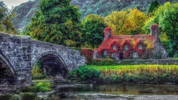 Conway, North Wales, River, bridge, house, autumn, landscape