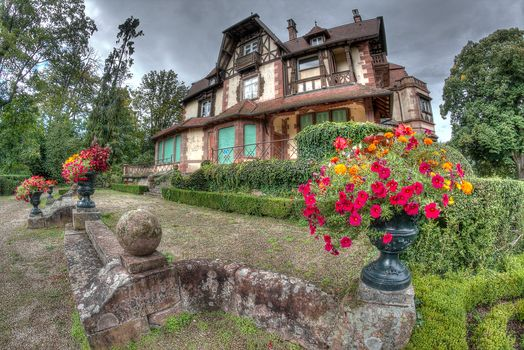 Parc Leonardsau Boersch, Alsace, house, farmstead, flowers, France