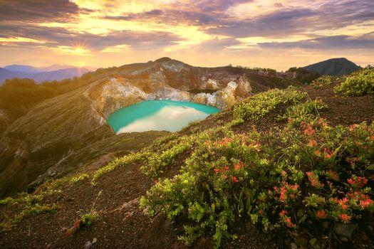 Mt. Kelimutu, East Nusa Tenggara, INDONESIA, Flores Island, East Nusa Tenggara, Indonesia