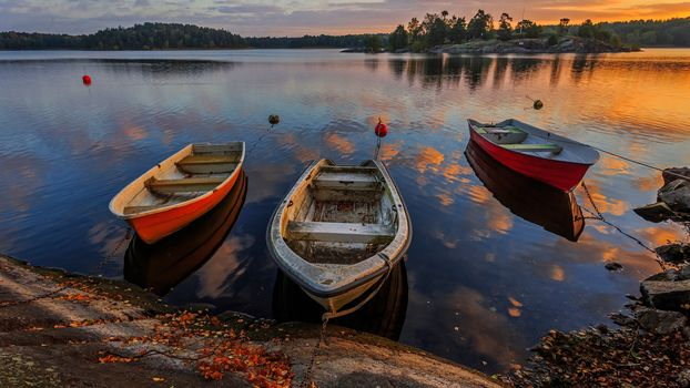 landscape, a boat, boats, water, nature, peace, relaxation, River, lake, sunset, Coast, autumn, leaves