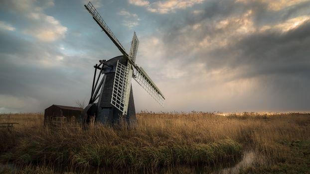 Ветряные мельницы (16:9)