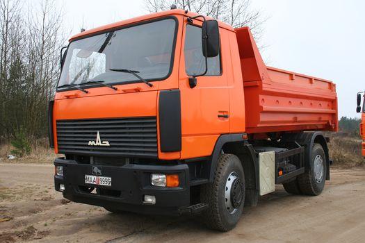 MAZ, MAZ-5550B2, 4х2, tipper, truck