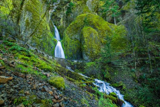 Columbia River Gorge, Oregon, Columbia River Gorge, Wahkeena Falls