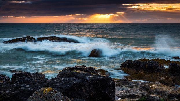 Берег моря (2048х1152)