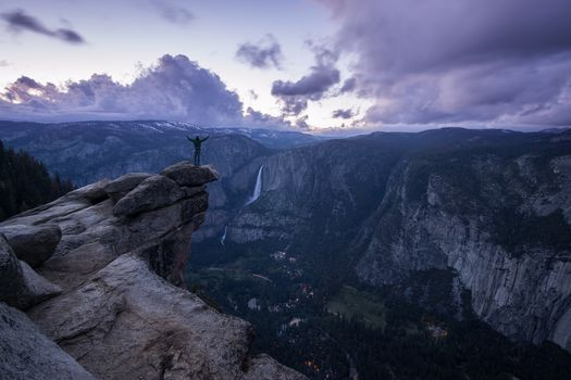 Yosemite Falls, Yosemite National Park, gogry, rock, sunset, waterfall, sky, clouds, landscape