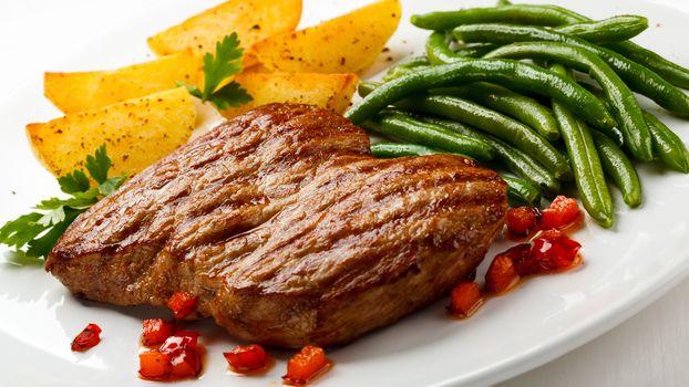 Сытный мясной обед (16:9, 30 шт)