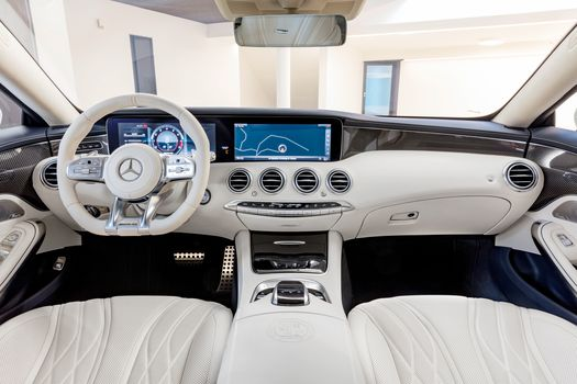 Mercedes-Benz S 400 d 4MATIC, a car, car