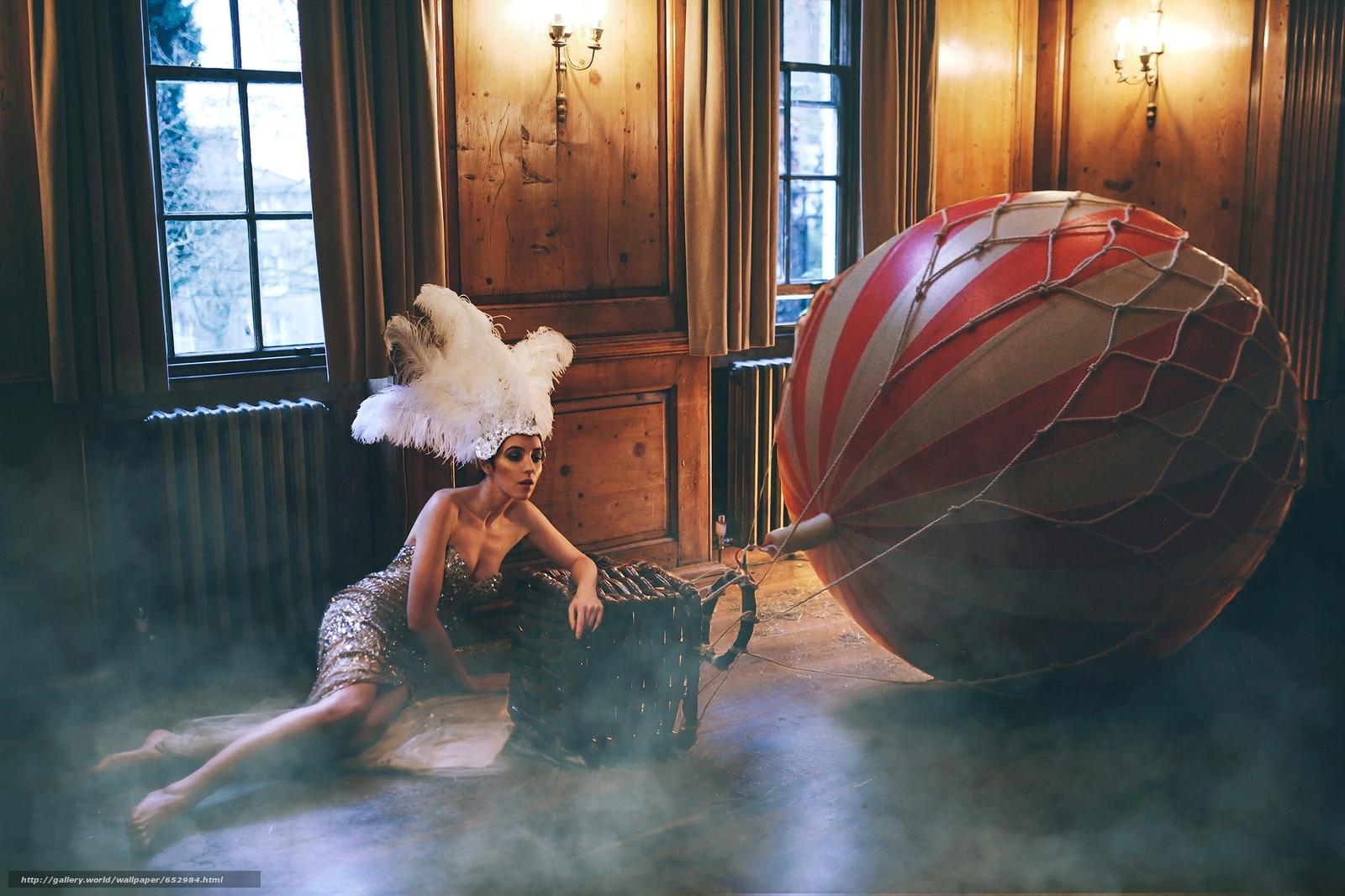 Marianna Saver, model, plumage, balloon, floor, situation
