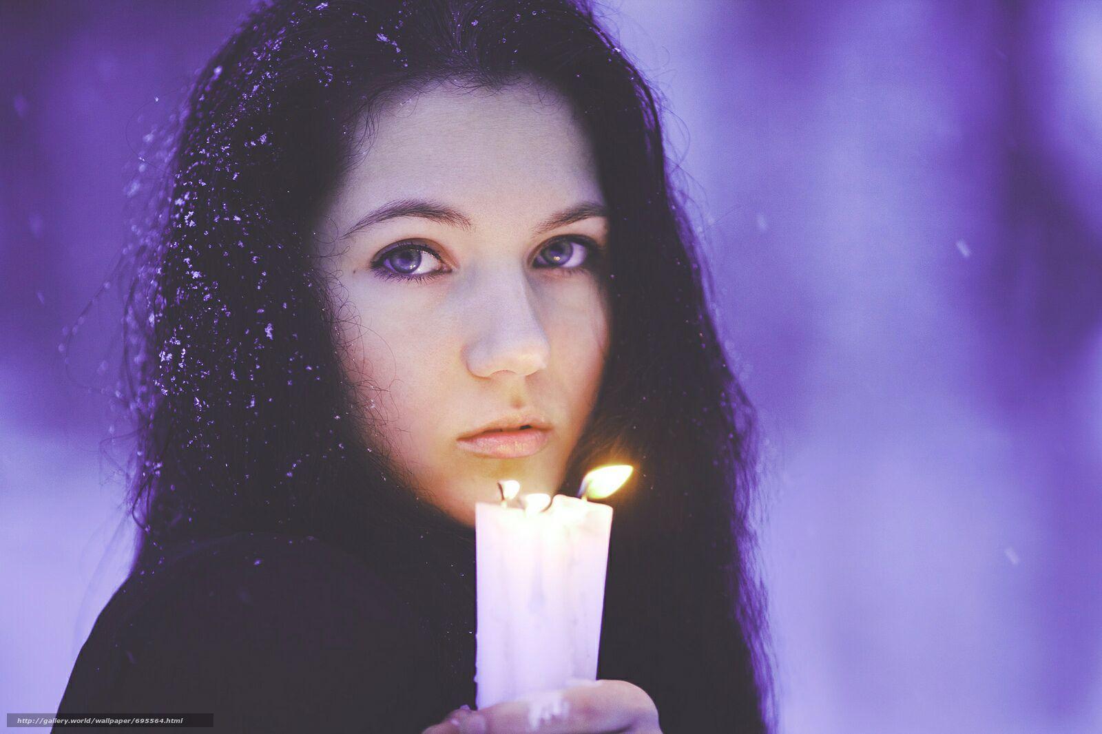 Фото девушек со свечками