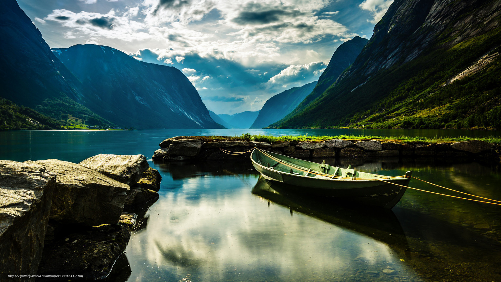 a boat, boats, landscape, nature, water, River, lake, peace, relaxation, the mountains, sky, clouds, Coast