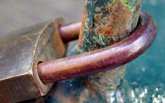 makrosemka, lock, faithfulness