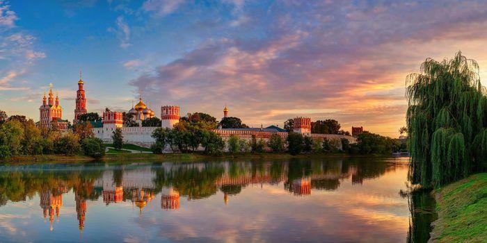 sky, light, clouds, summer, Moscow, August, city, reflection, Novodevichy Monastery Virgin of Smolensk
