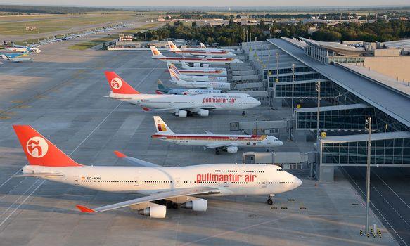 aircraft, aviatsiya.aeroport, Liner, plane, Boeing