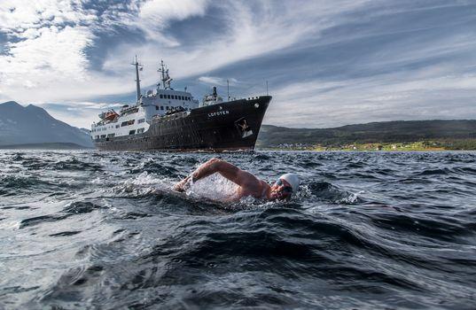Lewis Pugh, MS Lofoten, Rystraumen, Troms, norway, Strait Ryustrёumen, Troms, Norway, swimmer, SWIM, ship