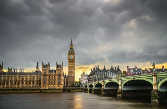 London, city, capital of the United Kingdom of Great Britain and Northern Ireland