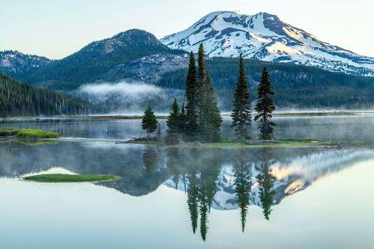 Sparks Lake, Deschutes County, Oregon, озеро, горы, пейзаж