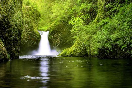 Punchbowl Falls, Eagle Creek, Columbia River Gorge