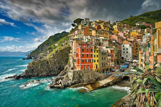 Riomaggiore, Five lands, Liguria, Italy, Ligurian Sea, Riomaggiore, Cinque Terre, Liguria, Italy, Ligurian sea, sea, building, coast