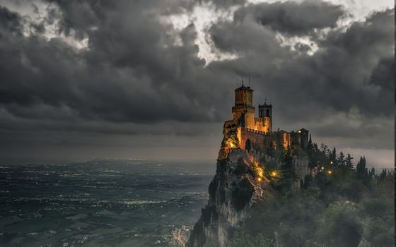 andscape, Castle, Clouds, Valley, Sky, Mountain, Lights, Mist, San Marino, Shrubs