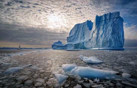 Scoresby Sound, Greenland Sea, Ostgronland, Tunu, Greenland, Scoresby bay, Kangertittivak, Greenland Sea, the firstborn, Greenland, sea, bay, fьord, iceberg, floe, yacht