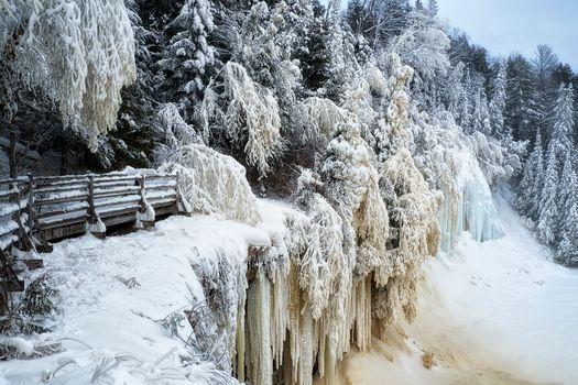 winter solstice, upper tahquamenon falls, michigan.зима, snow, forest, trees, River, waterfall, icicles, landscape
